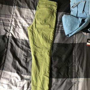 Old navy olive green pants